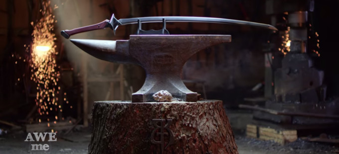 La espada de Kuromukuro, forjada en Man at Arms: Reforged
