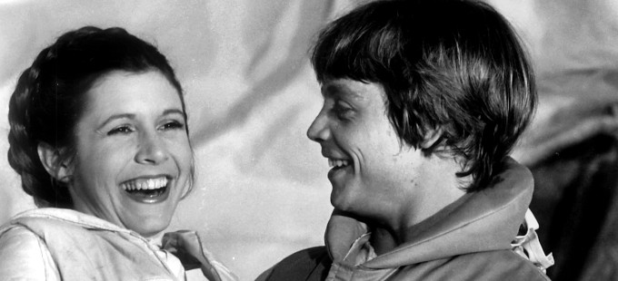 Carrie Fisher y Mark Hamill juntos en el set de Star Wars Episodio VIII