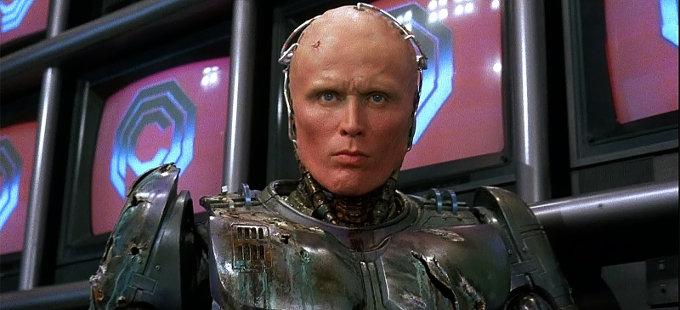 ¿Veremos a Peter Weller en RoboCop Returns?