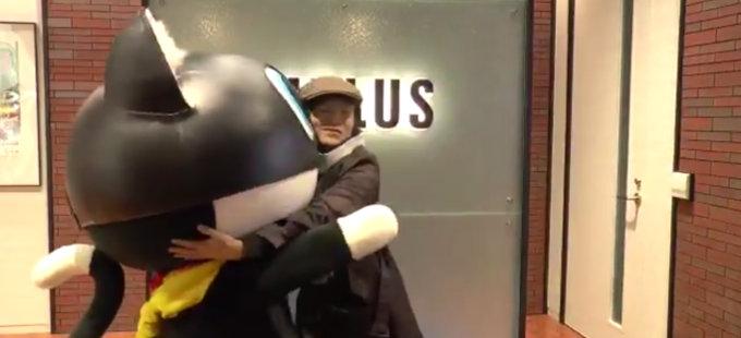 El creador de Super Smash Bros. visita Atlus