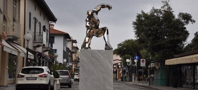 Iron Man ya tiene su propio monumento en Italia